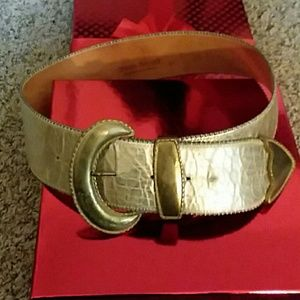 Genuine gold crackle leather belt M/L